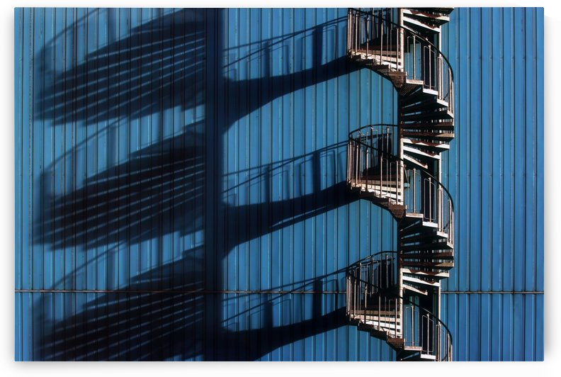 Spiral Staircase and shadows by 1x