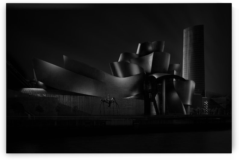 Black (Guggenheim) angle IV by 1x