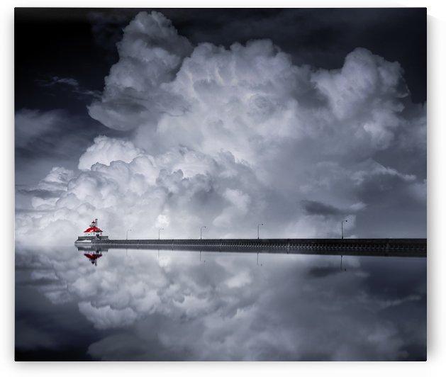 Cloud Desending by 1x