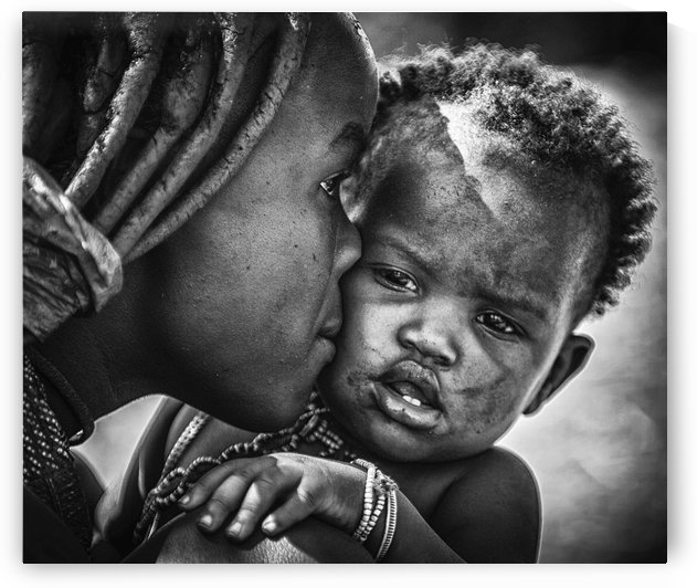 kiss from beautiful himba mom by 1x