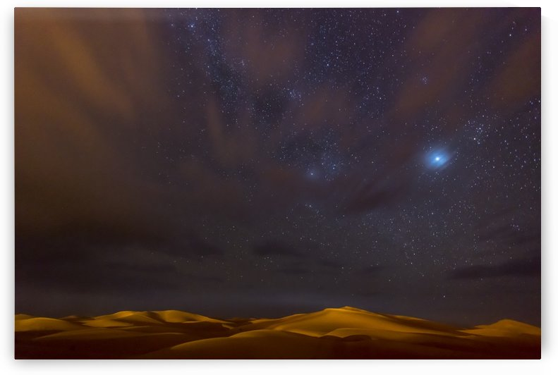 Stars, Dunes and Clouds in Marzuga Desert by 1x