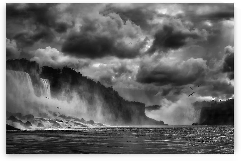 Maid of the Mist by 1x