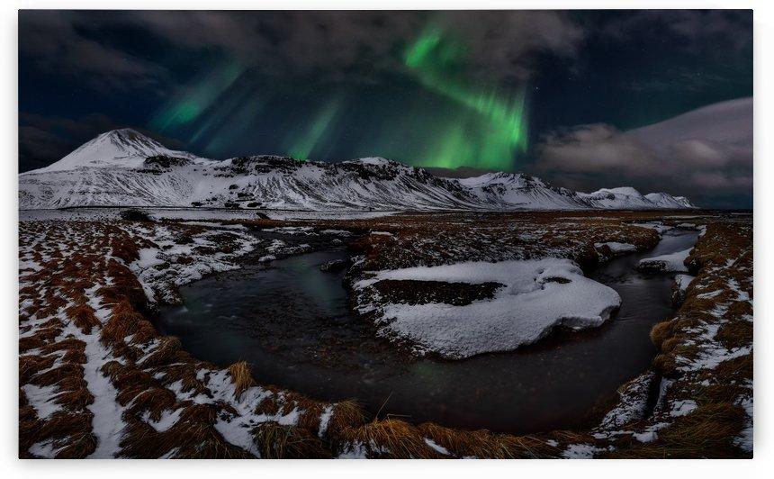 Icelandic Horseshoe Bend by 1x
