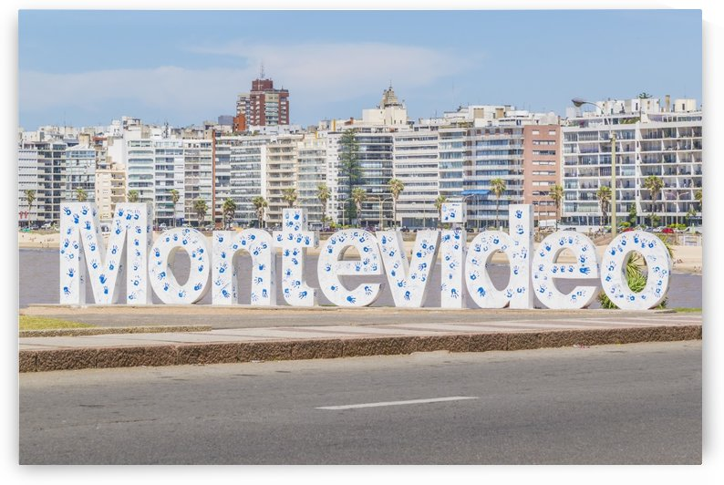 Montevideo Letters at Pocitos Beach1216201502 by Daniel Ferreia Leites Ciccarino