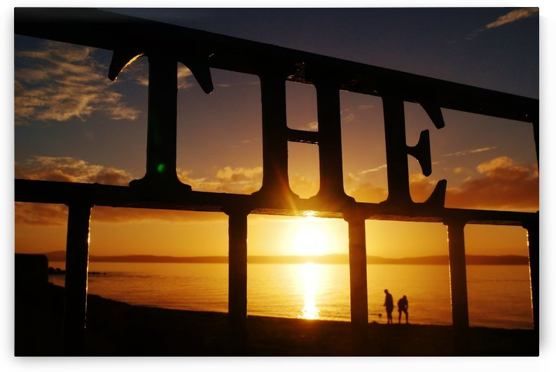THE sunset couple by Andy Jamieson