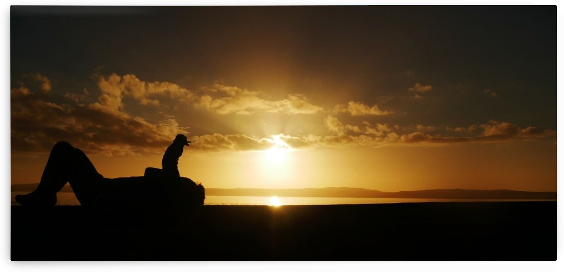 Look at the sunset NOT your phone! by Andy Jamieson