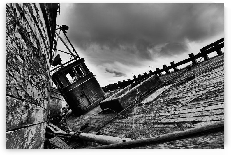 Angled wreck by Andy Jamieson
