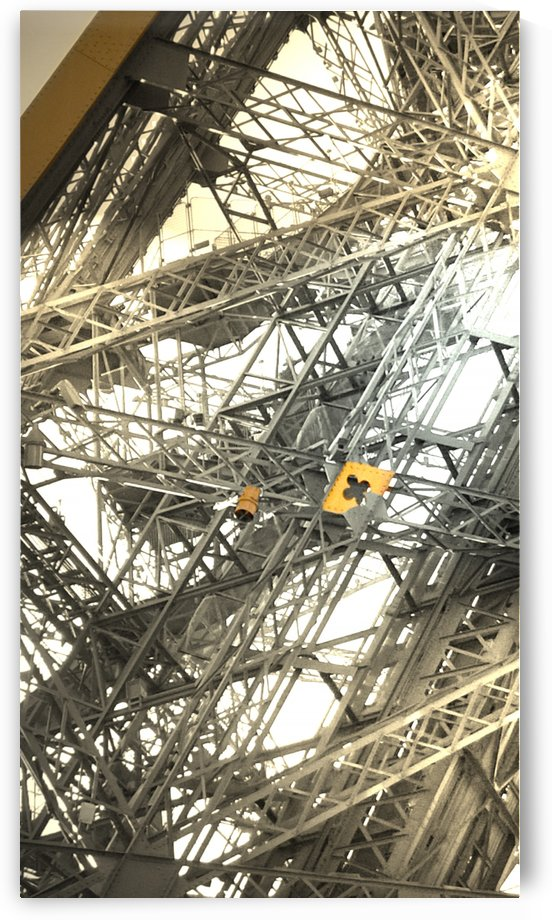 Eiffel tower gold Paris by splash