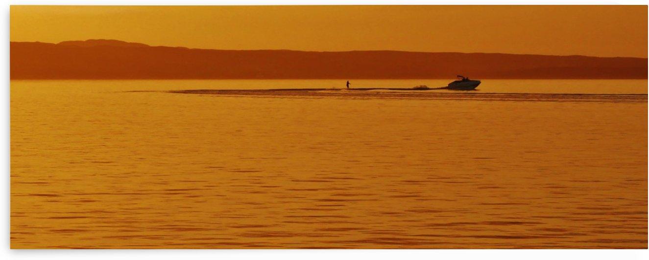 Sunset ski by Andy Jamieson