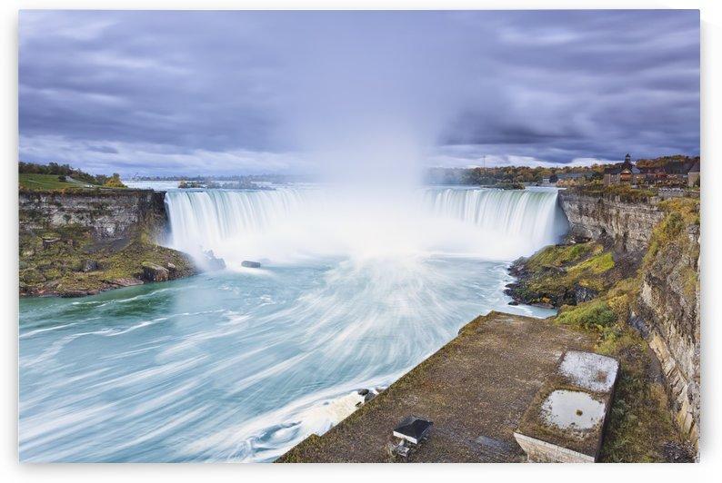 Horseshoe falls;Niagara falls ontario canada by PacificStock