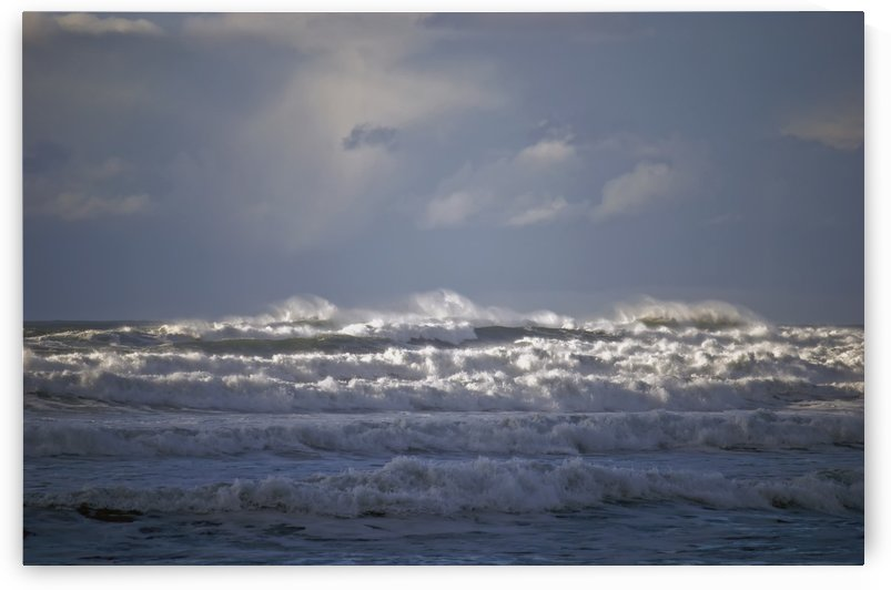 Big waves break along the Oregon coast; Gearhart, Oregon, United States of America by PacificStock