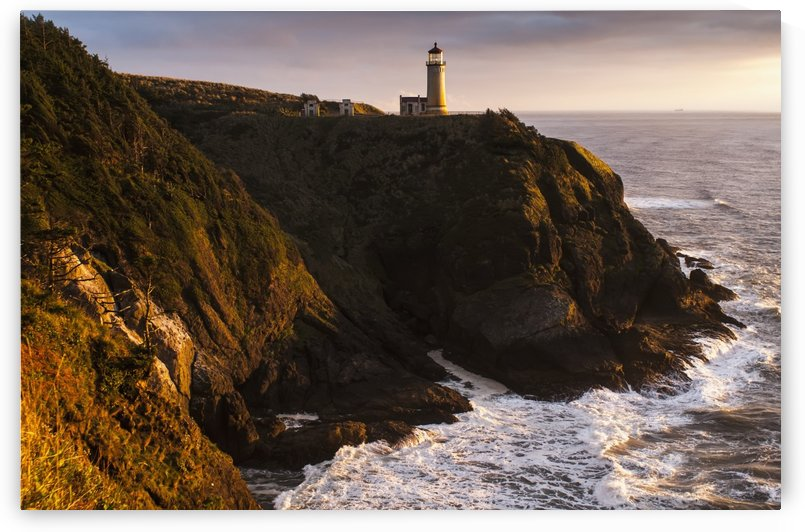 Evening light warms North Head Lighthouse; Ilwaco, Washington, United States of America by PacificStock