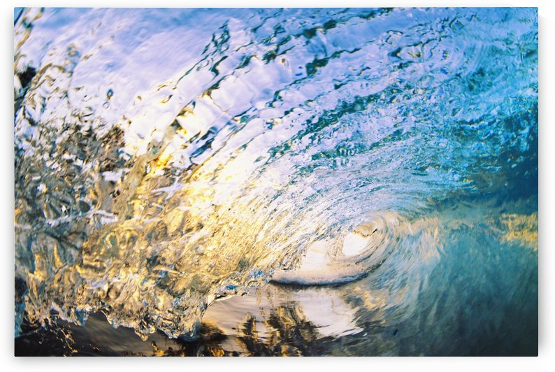 Amazing Glassy Wave by Printscapes