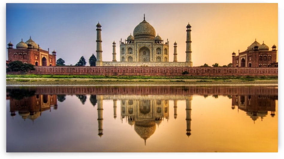 Visit India by Ella Moxon