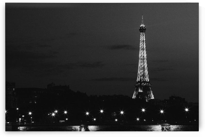 Eiffel Tower BW by Pixelme ca