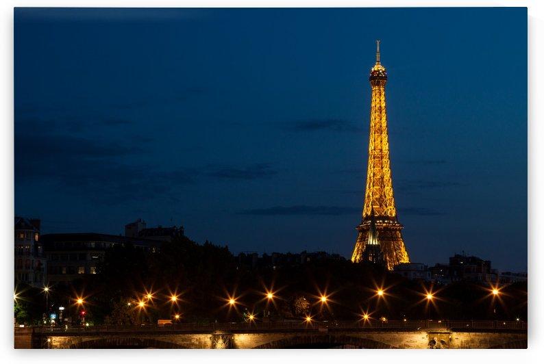Eiffel Tower by Pixelme ca