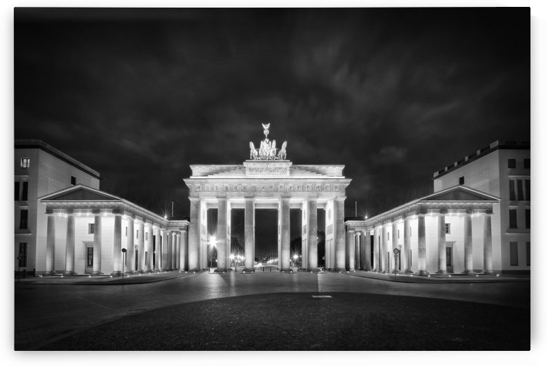 BERLIN Brandenburg Gate | Monochrome by Melanie Viola