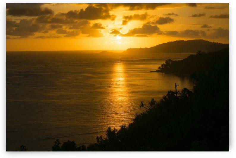 Pacific Sunrise Over Kilauea Lighthouse by Frank Wilson