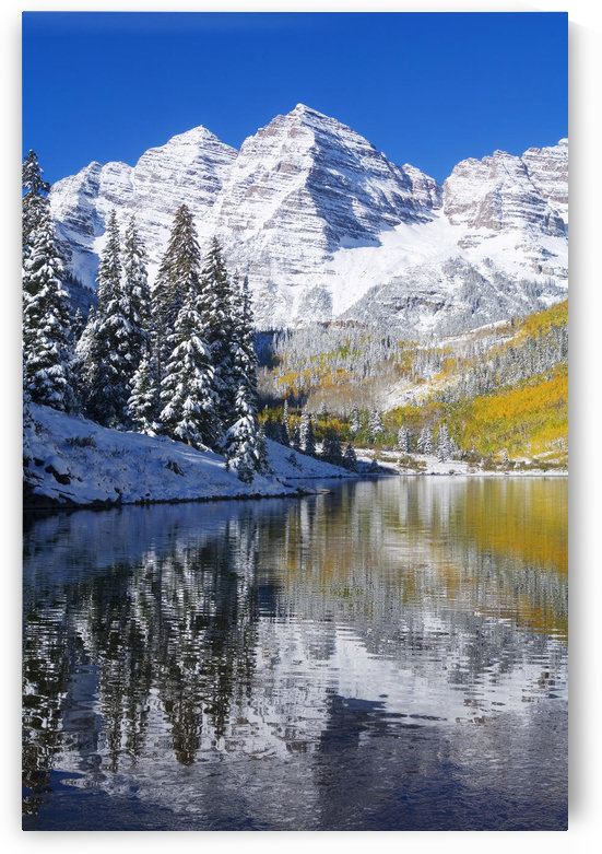Colorado, Near Aspen, Landscape Of Maroon Lake And On Maroon Bells In Distance, Early Snow. by PacificStock