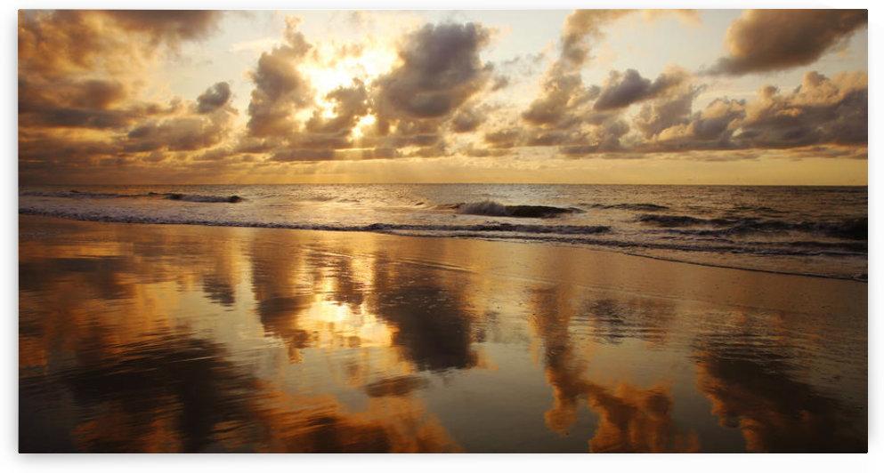 USA, Hawaii, Maui, Sunset At Kamaole Beach One; Kihei by PacificStock