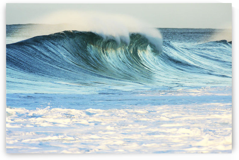 Hawaii, Oahu, Beautiful Wave Breaking. by PacificStock