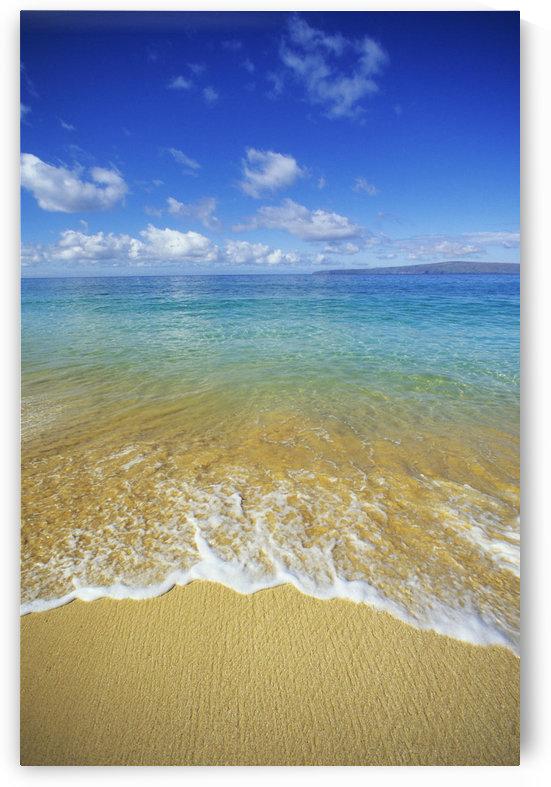 Hawaii, Maui, Makena Beach, Closeup Of Textured Foamy Shoreline, Calm Turquoise Ocean. by PacificStock