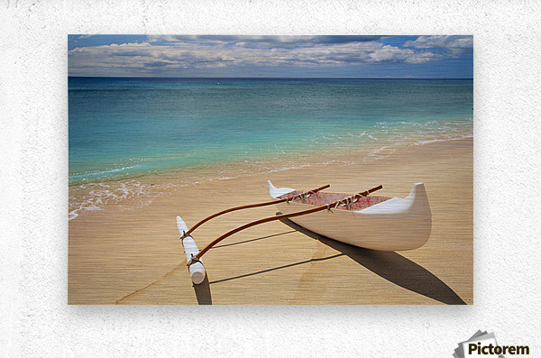 White Outrigger Canoe On Shoreline With Shadow, Calm Turquoise Water  Metal print