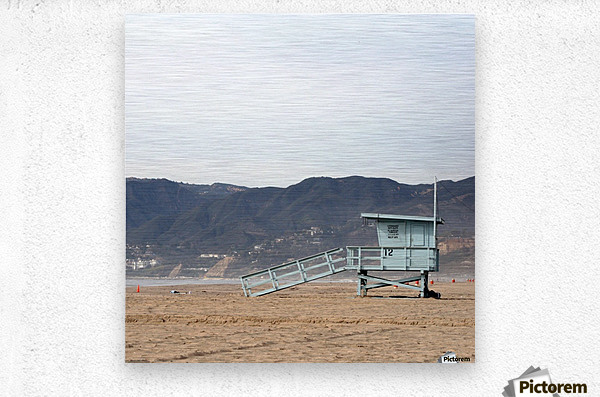 Lonely Lifeguard Tower at Beach  Impression metal