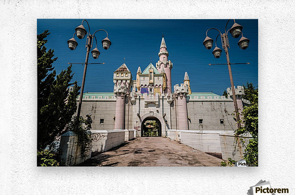 Nara Dreamland  Impression metal