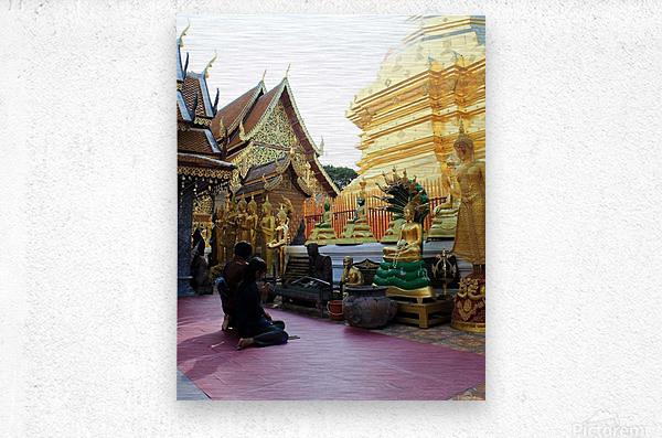 Praying at Doi Suthep  Metal print