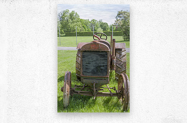 McCormick-Deering gasoline tractor 1  Metal print
