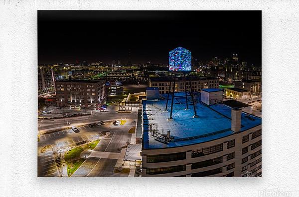 Milwaukee Blue  Impression metal
