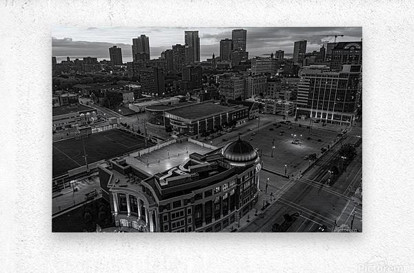 Milwaukee Majestic  Impression metal