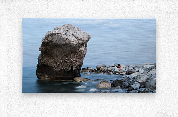 BLUE SEA WITH RED GIRL  Metal print