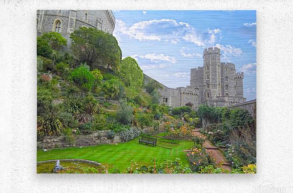 Windsor Castle Under Beautiful Blue Skies - Berkshire United Kingdom  Metal print