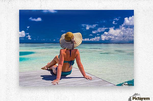 Sexy woman in bikini enjoy in tropical resort, sitting, back view  Metal print