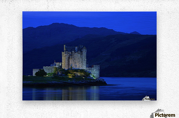 Castle In Scotland  Metal print
