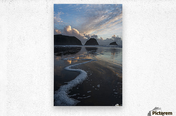 Dusk approaches on Crescent Beach; Cannon Beach, Oregon, United States of America  Metal print