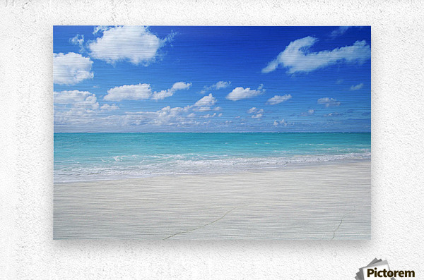 Northwestern Hawaiian Islands, Midway Atoll, Sand Island, Turquoise Ocean And White Sand Beach.  Metal print