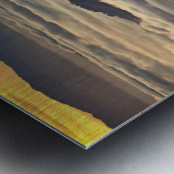 Between heaven and earth Metal print