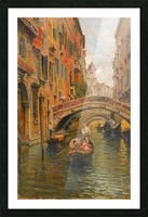 A walk with the gondola along a small canal in Venice Impression et Cadre photo