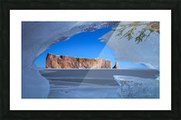 Rocher Perce sous glace Picture Frame print
