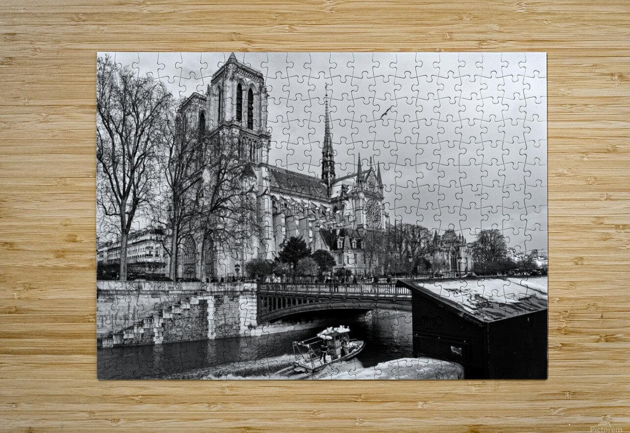 Parisian river police  Impression métal HD avec cadre flottant sur le dos