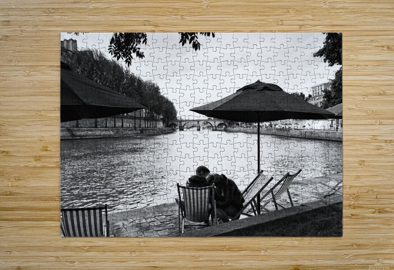 Paris lovers  Impression métal HD avec cadre flottant sur le dos