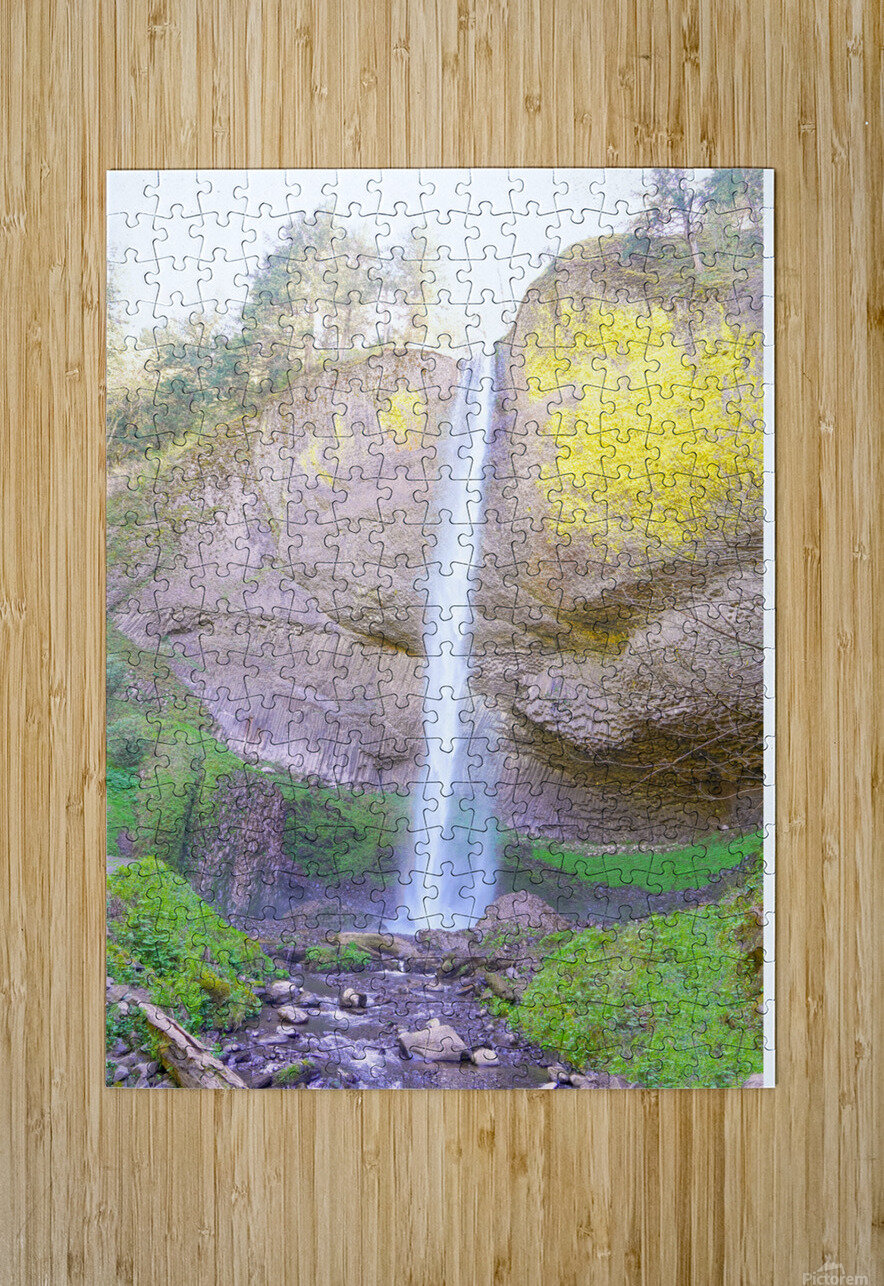 Majestic Falls in the Gorge   Columbia River Oregon  HD Metal print with Floating Frame on Back