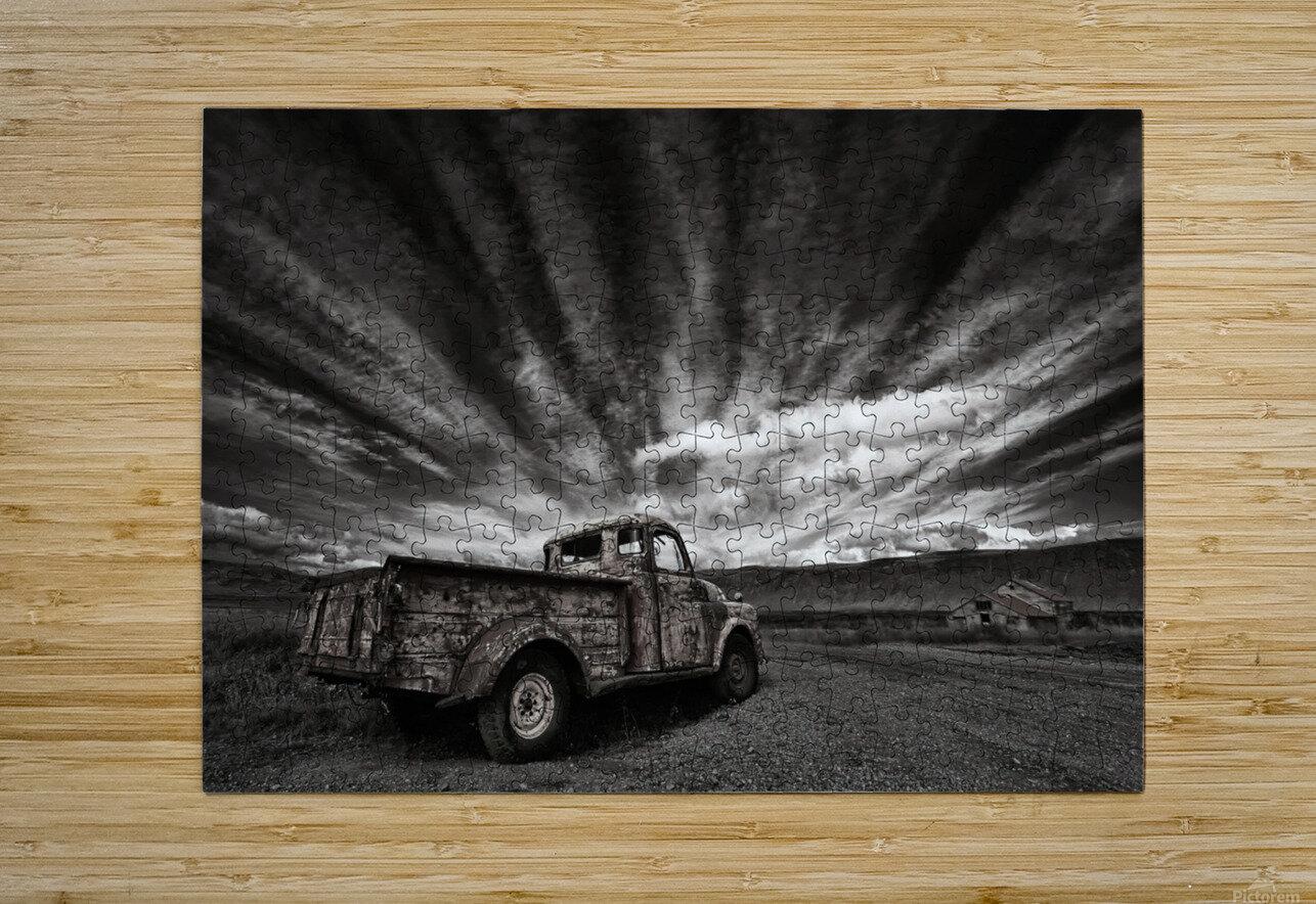Old Truck (mono)  Impression métal HD avec cadre flottant sur le dos