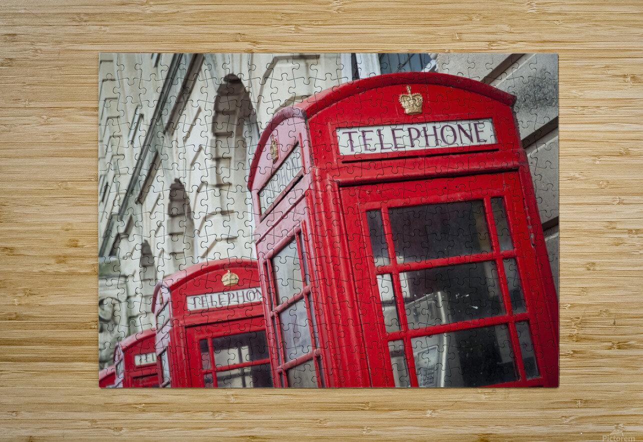 Telephone boxes in a row; Blackpool, Lancashire, England  Impression métal HD avec cadre flottant sur le dos