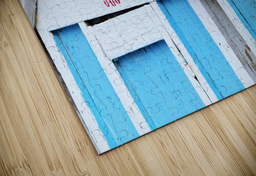 Beach cabin jigsaw puzzle