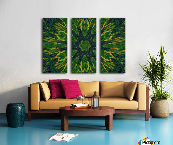 Green Flower 4 Split Canvas print