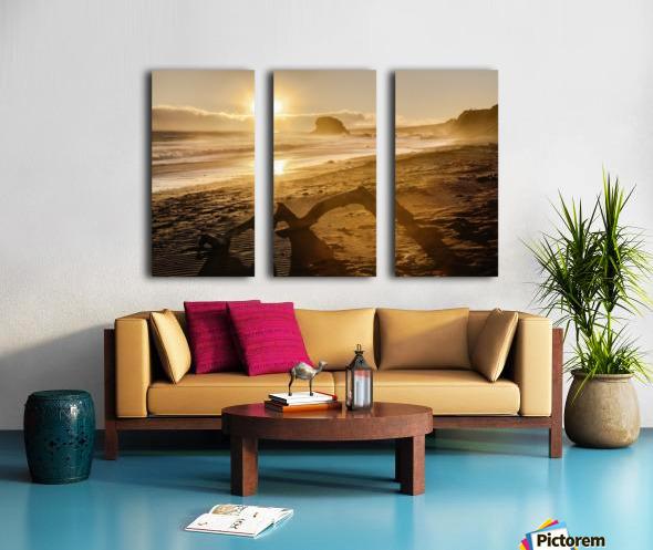 Seashore at sunset, San Simeon State Park; California, United States of America Split Canvas print